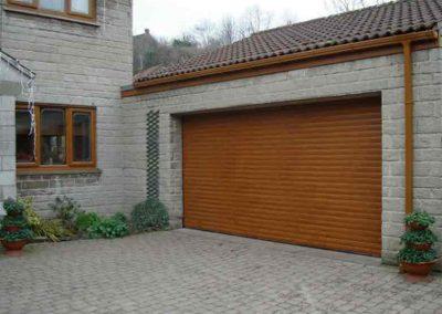 Lynx Garage Door 1