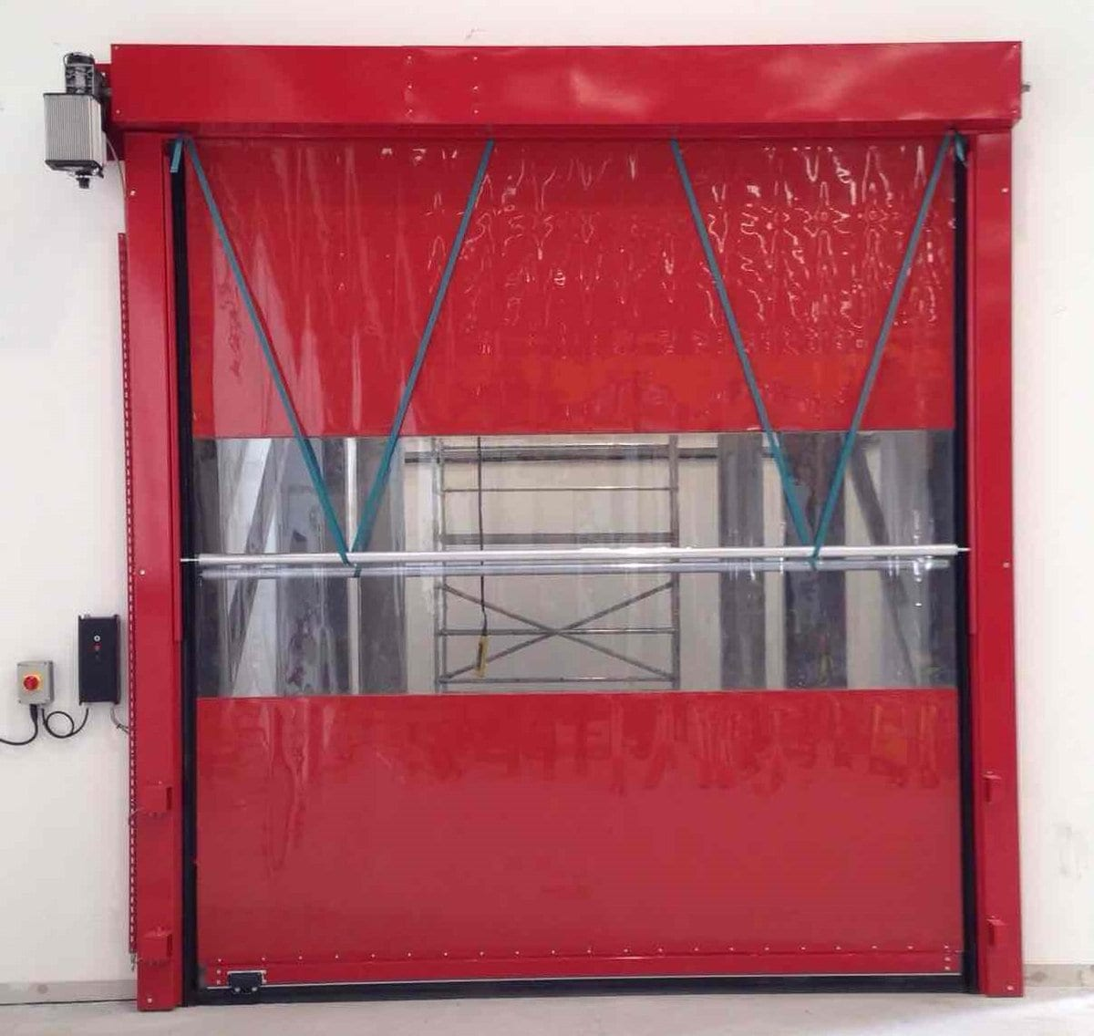 Folding Sliding Door Company Leeds: Reduce Heat Loss With A Cheetah Rapid Roll Door